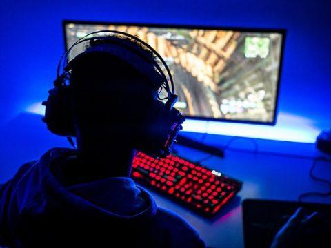 Mengapa gamer membeli game boost?
